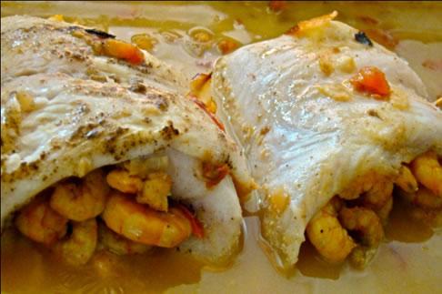 Peixe recheado com camarão Jericoacoara